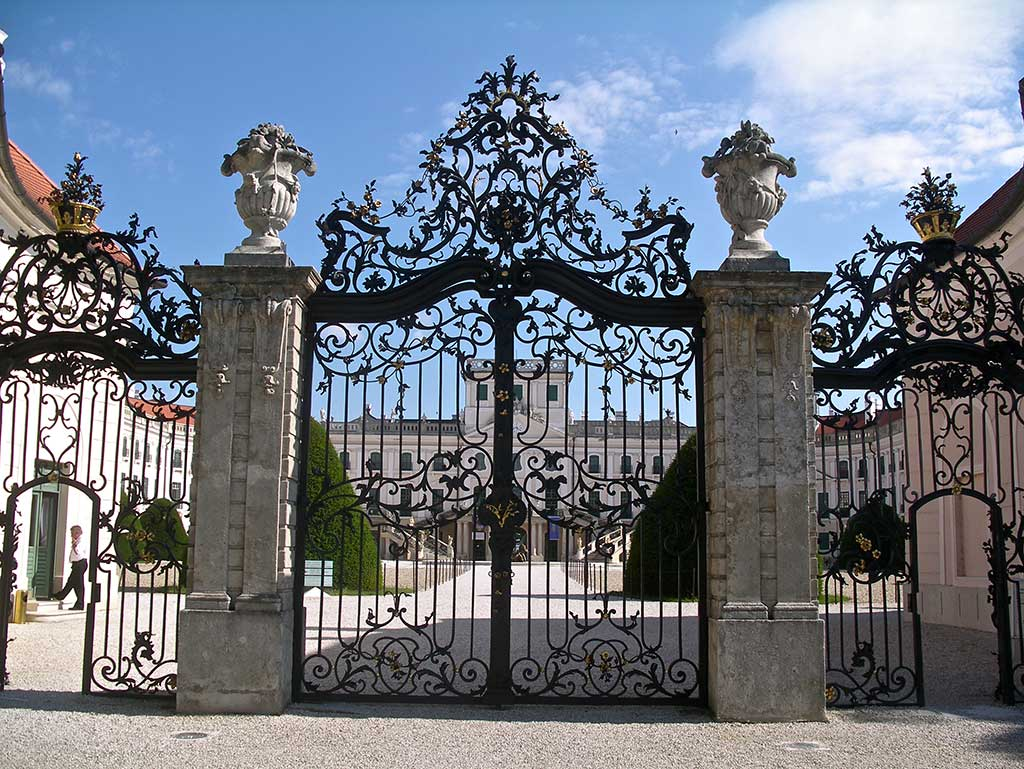 Bike tours in West Hungary - Esterházy Palace-Baroque gate
