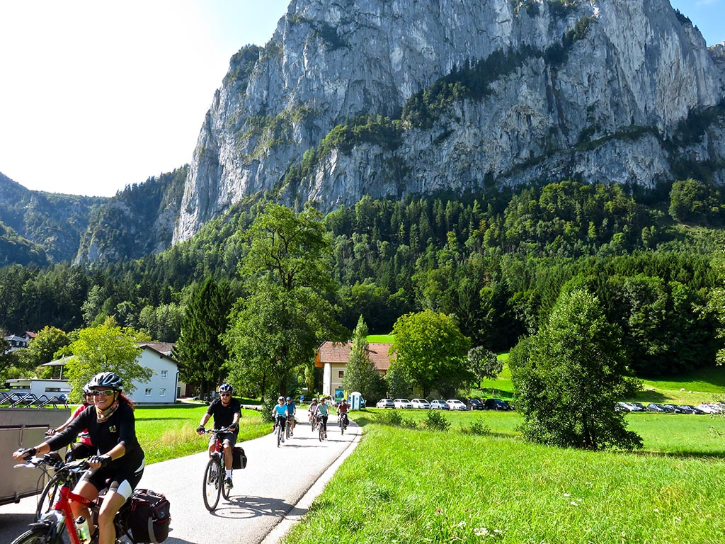 Bike tours in Austria at Salzburg - Cycling through nice scenery