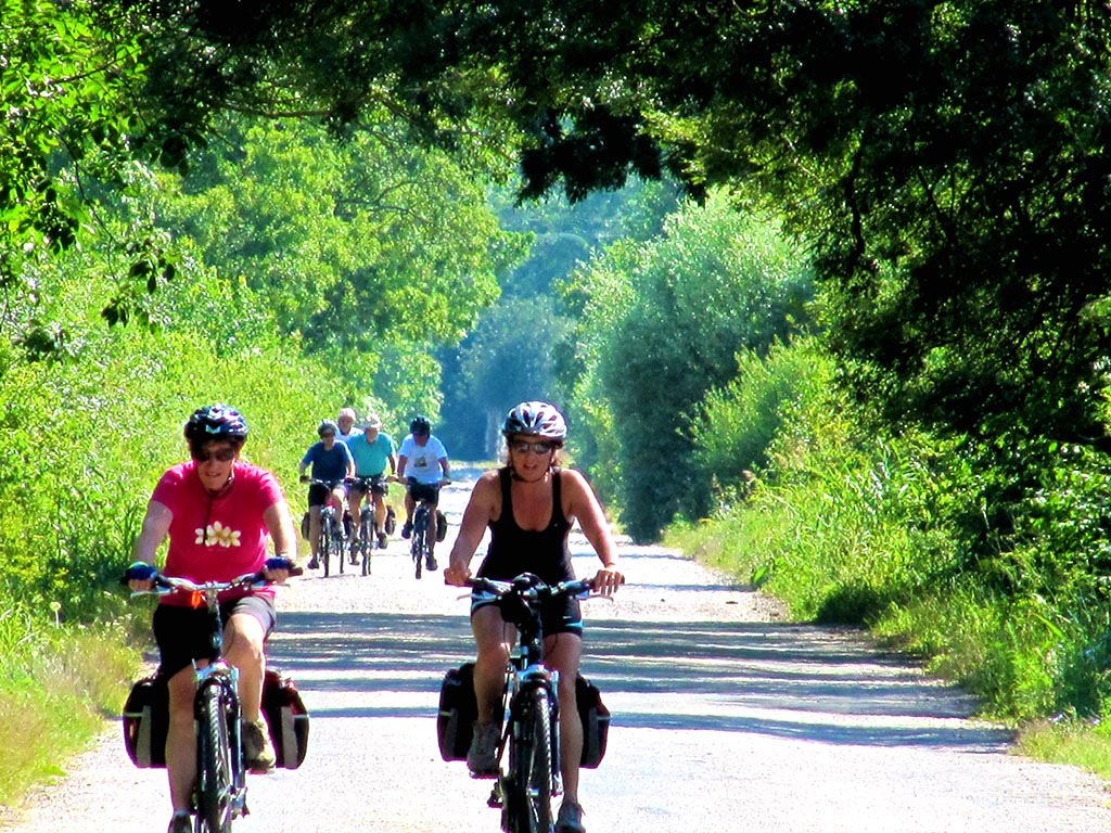 Bike tours in South Hungary - Cycling at the Dráva River